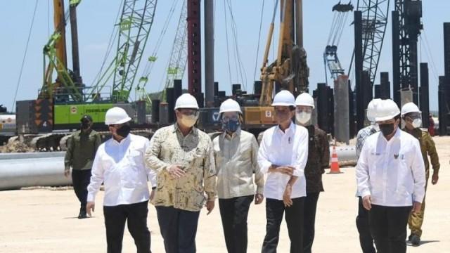 Groundbreaking PT. Freeport Indonesia di Kawasan Ekonomi Khusus Gresik, Presiden Jokowi : Perkuat Hilirisasi Industri